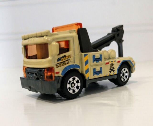 Urban Tow Truck Beige