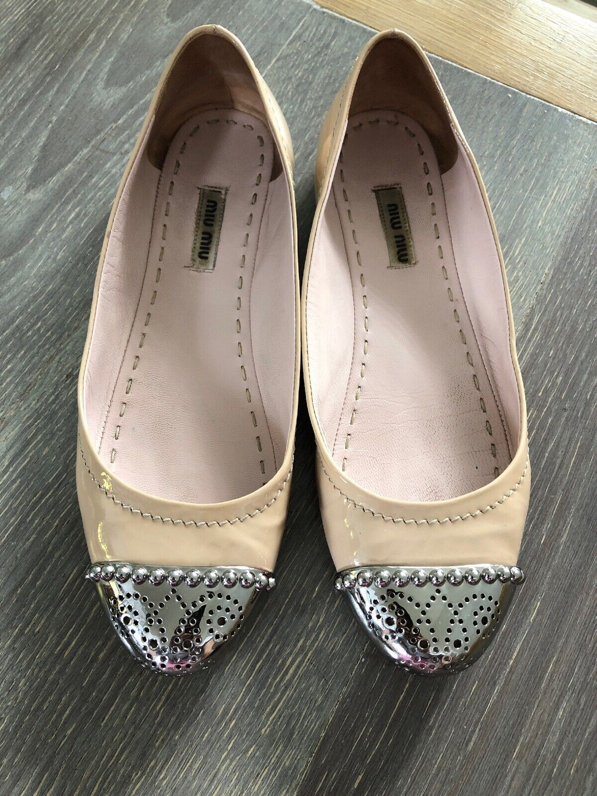 Authentic Miu Miu Ladies Nude Patent Flats shoes Size 38.5 Or 5.5