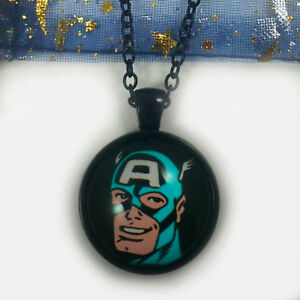 Marvel-Comics-Retro-Captain-America-Necklace