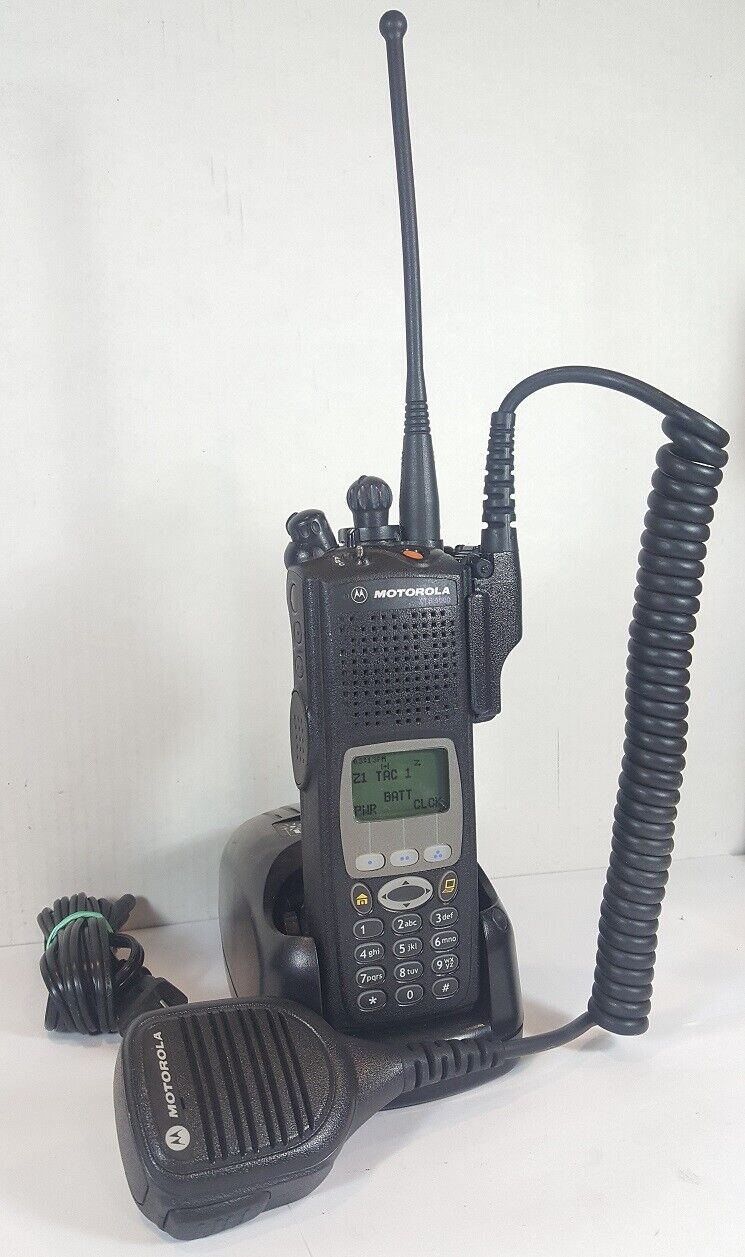 MOTOROLA XTS5000 700 800 MHz P25 Digital Police Fire EMS RADIO H18UCH9PW7AN XTS. Buy it now for 299.00
