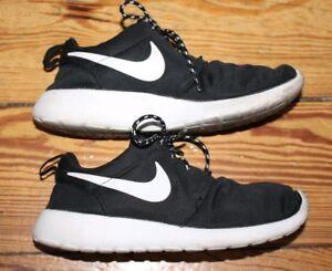 Details zu Nike Roshe One Gr. 36.5 Schuhe Sport Freizeit Sneaker Laufschuhe Run Free Rush