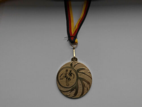 Fußball Ball Kinder Pokal 20 x Medaillen mit Band/&Emblem Turnier Pokale e108