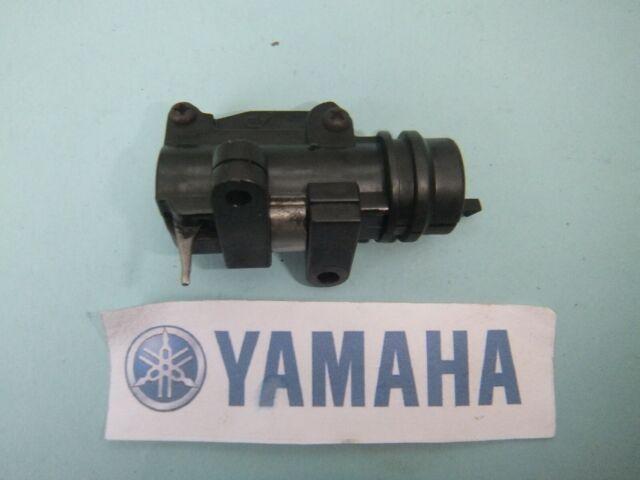 Yamaha TDM 850 TDM850 3VD Luz De Freno Trasero Interruptor Micro 1991 - 1999