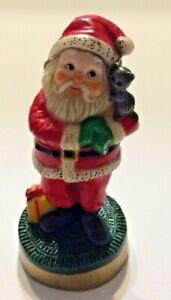 Vintage-Hallmark-Cards-Inc-Santa-Claus-Christmas-Holiday-Figure-Cuddling-Cat