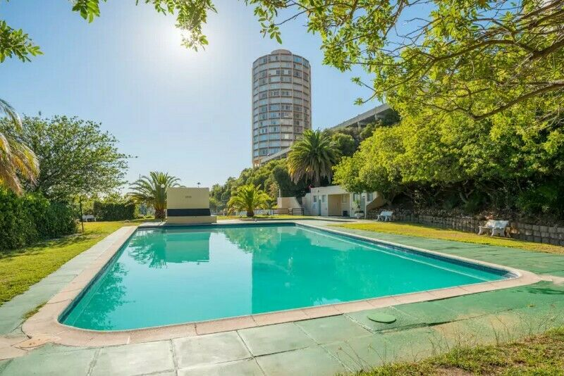 Furnished 1 Bedroom Flat in SAFEST complex: 24H Security, 2 x SAFE Parking, POOL, Mountain Views!