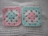 20-4 Granny Squares Blocks 4 Afghan, Afghans+pink & White & Green Crochet