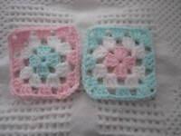 20-4 Granny Squares Blocks 4 Afghan, Afghans+pink & White & Green Crochet