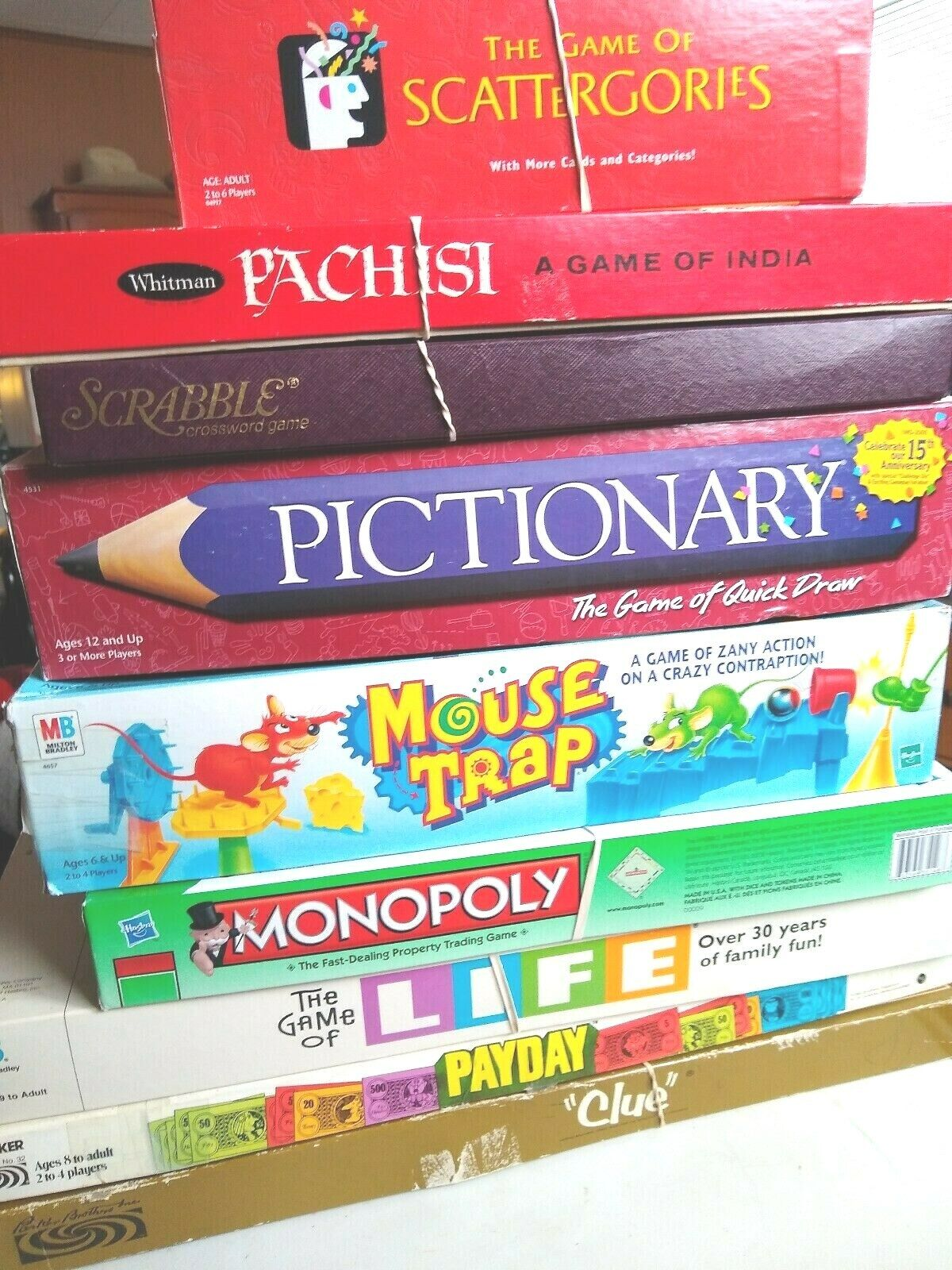 9 Board Games SCRABLE MONOPOLE CLUE MOSE TRAP LIFE PAYDAY meer