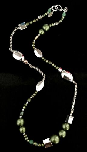 NEW EVITA PERONI NECKLACE SILVER CHAIN SILVER GREEN BEADS 118 CM/' LONG NECKLACE