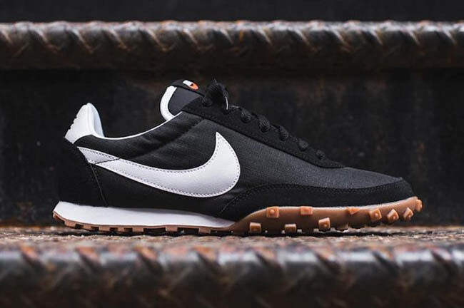 Nike Waffle Racer '17 size 10. Black Gum White. 876255-002. internationalist The latest discount shoes for men and women