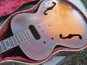 guitare-Recording-King-Joe-Smeck-A-104-Gibson-Es-150-pre-war-Charlie-Christian