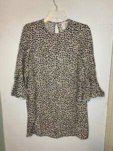 NWOT H&M Woman's Cheetah Animal Print 3/4 Bell Sleeve Dress Size 2 Keyhole Back