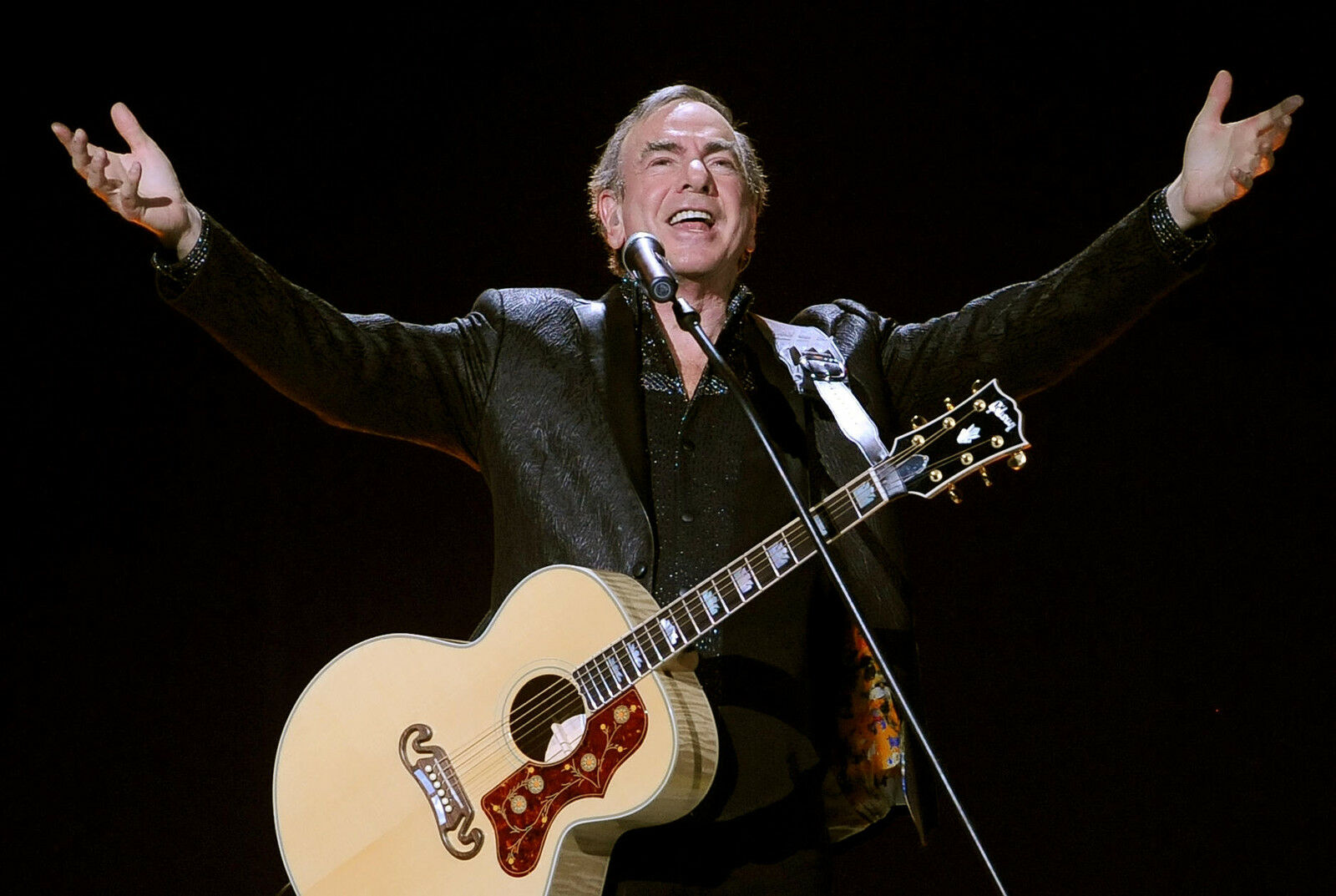 Neil Diamond To Tour