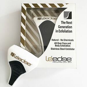 2-x-NEW-Le-039-edge-Exfoliator-Tool-Black-Gold-print-NEW-IN-BOX-LIMITED-EDITION