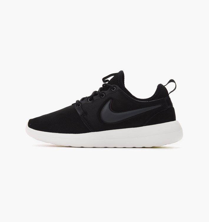Nike Women's Roshe Two Shoes NEW AUTHENTIC Black/Anthracite/Sail 844931-002