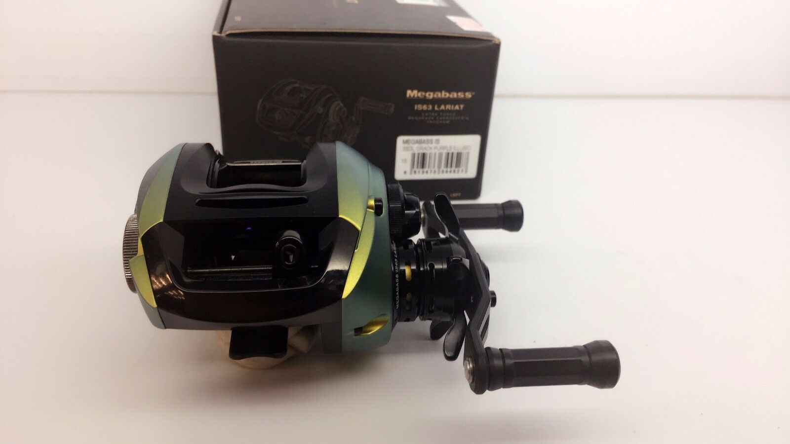 MEGABASS IS63 LARIAT LEFT LIMITED RARE IL GREEN Reel Fedex Priority 2days to Usa