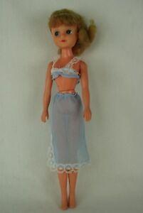 Otto-Simon-FLEUR-blonde-doll-in-LINGERIE-blue-outfit-1236-Dutch-Sindy-80-039-s