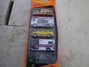 MATCHBOX-SET-AROUND-TOWN-5-voitures-et-camions-etat-neuf-boite-jamais-ouverte
