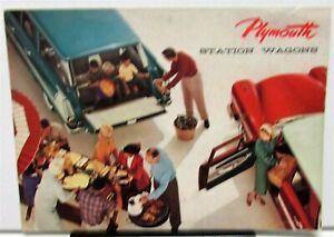 1958-Plymouth-Dealer-Color-Sales-Brochure-Forward-Look-Suburban-Wagons