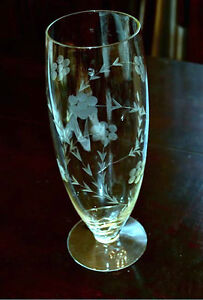 Lovely-Rare-Vintage-Hughes-Cornflower-cut-glass-10-034-Footed-Vase-50-SALE-PRICE