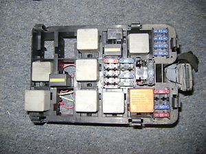2001 01 saab 9 5 aero 2 3 turbo fuse box 4585865 00 02 03. Black Bedroom Furniture Sets. Home Design Ideas