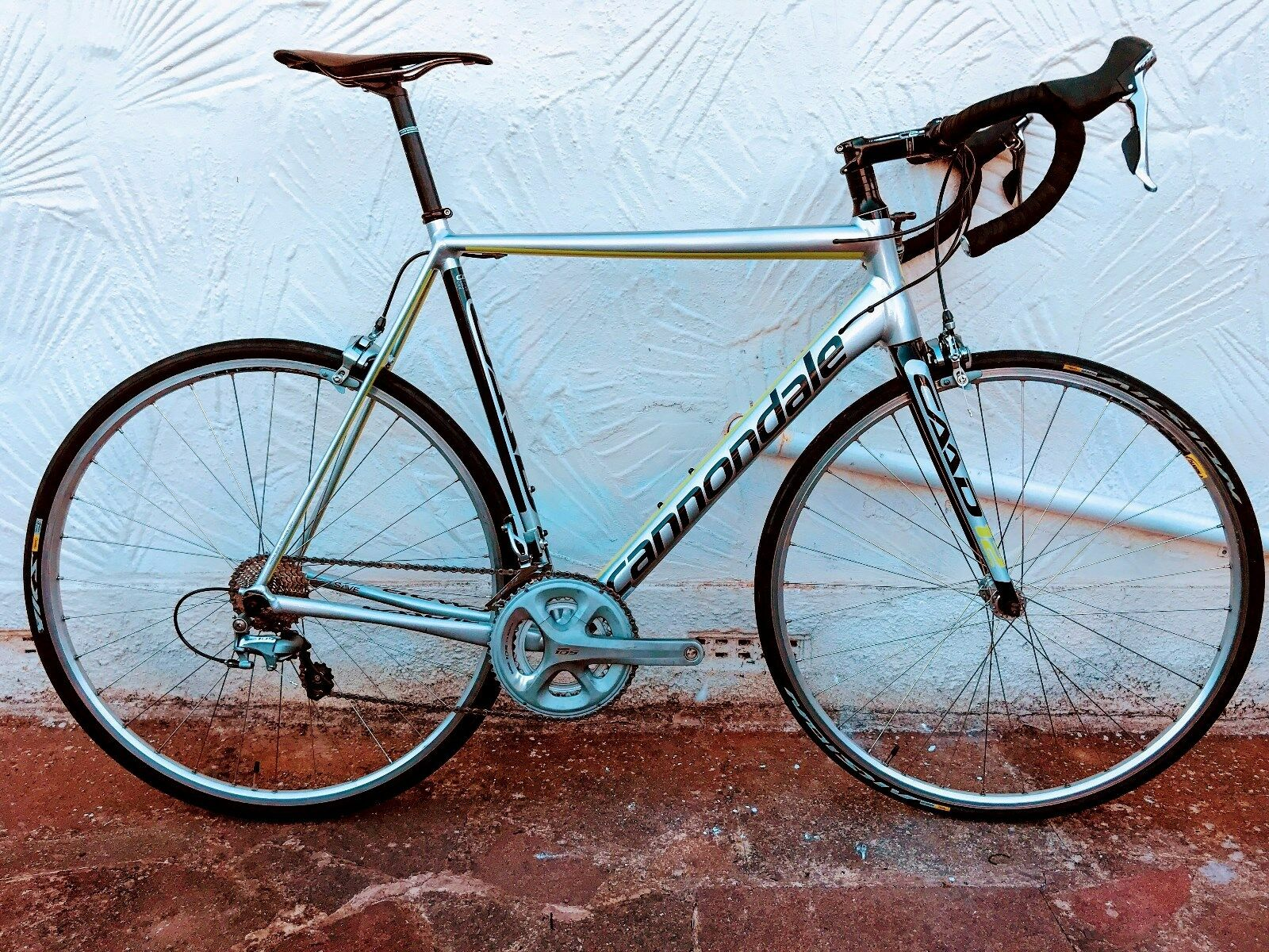 Cannondale Caad 12 11spd Full Shimano 105 5800 g set and w set
