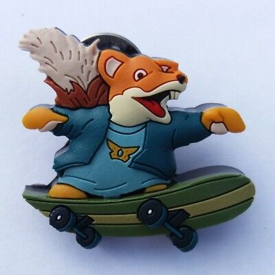 80s RETRO TV CHARACTER PIN BADGE #5 BASIL BRUSH 1970s