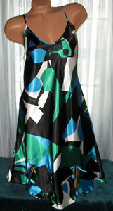 Black-Green-Blue-Abstract-Chemise-Short-Gown-1X-2X-Plus-Adjustable-straps