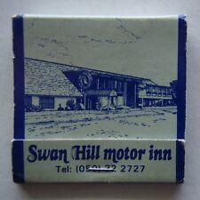 SWAN HILL MOTOR INN 405 CAMPBELL ST 050 322727 SILVER SLIPPER BAR MATCHBOOK