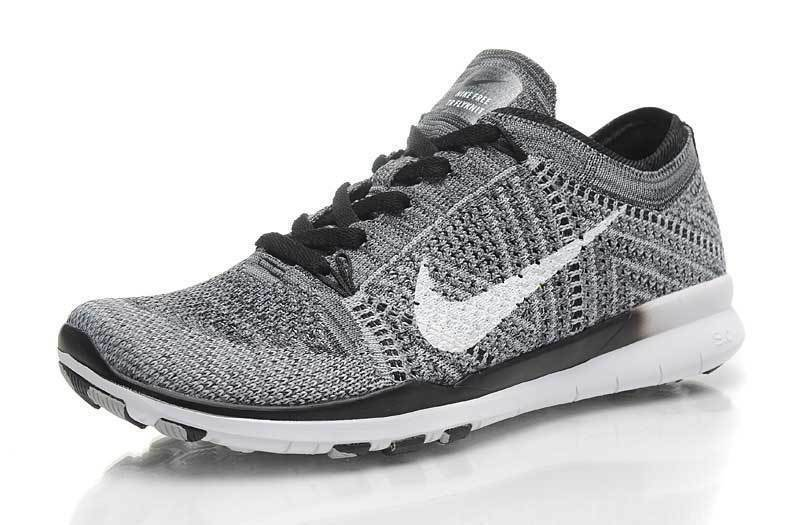 New Nike Nike Nike Womens Free TR Flyknit Athletic shoes Blk White Wolf Grey 718785-001  291fa6