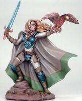 Dark Sword Miniatures: Female Ranger Dsm-7409 Falcon Long Sword Pewter Mini