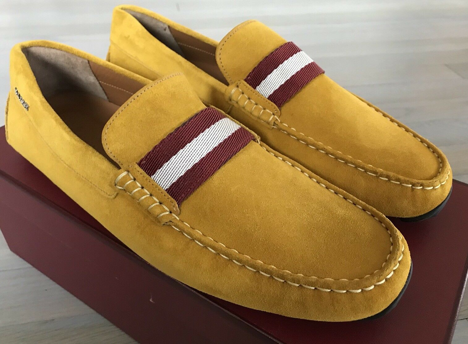 550  Bally Pearce Mustard Suede Driver Size US 10.5 Made in