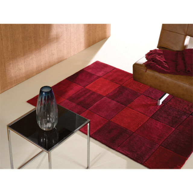 Modern Square Blocks Carpet Rug in Rich and Vibrant Shades of Red