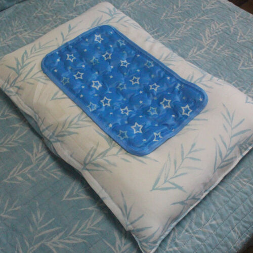 Chilly Pillow Cooling Summer Cooling Gel Pillow Color Blue 16x10In FOR PEOPLE