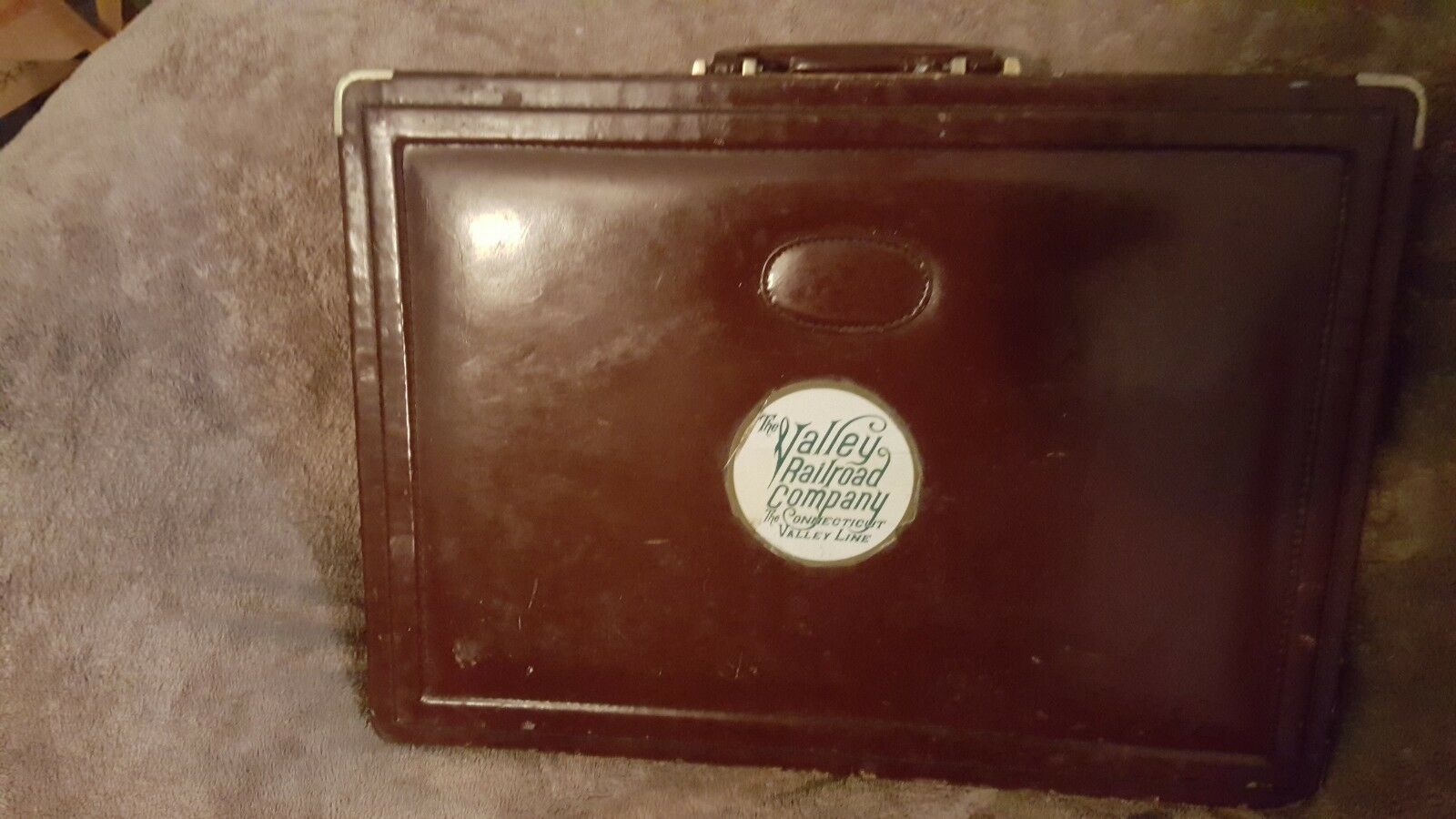 THE VALLEY RAILROAD COMPANY THE CONNECTICUT VALLEY LINE Model Train Briefcase