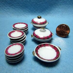 Dollhouse-Miniature-Dinner-Plate-Set-with-Servers-17-pcs-Pink-amp-Gold-MT701