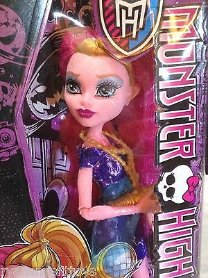 Monster High FREAKY FIELD TRIP series GIGI GRANT  new in box DAUGHTER of GENIE