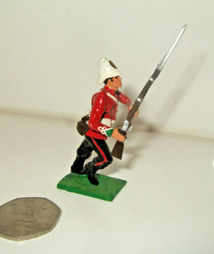 54 mm. Little LEGION Zulu Wars Era 24th Foot Soldier doubles avancer à vitesse