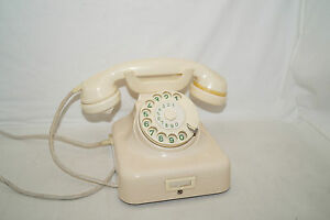 Hagenuk W49 Ivory Bakelite 50iger Years Wall Table Wählscheiben Telephone Decor