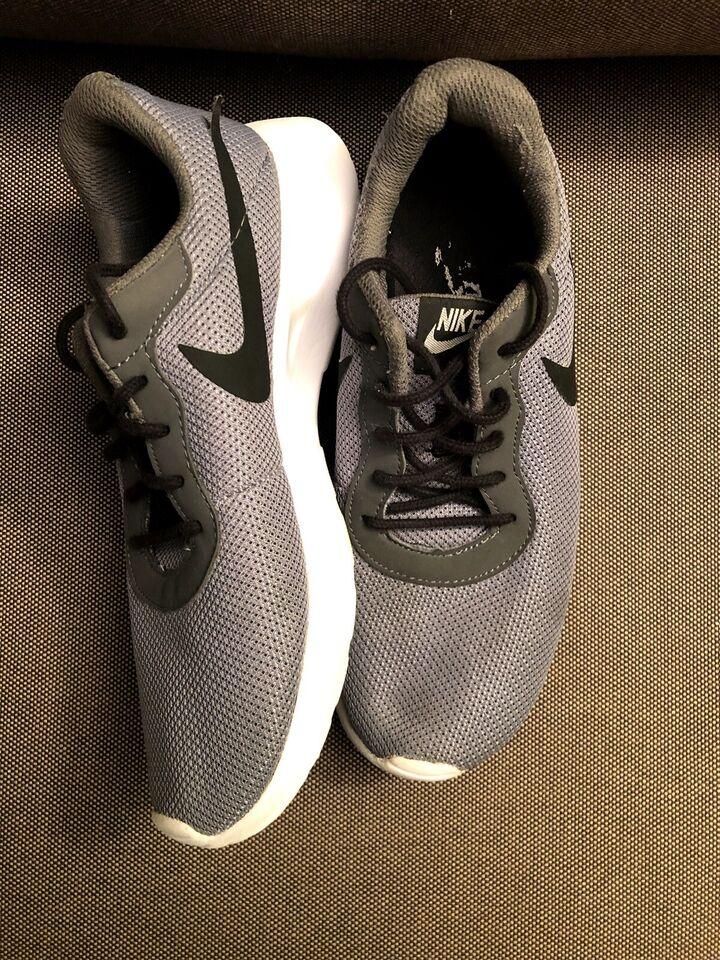 Sneakers, Nike Tanjun – dba.dk – Køb og Salg af Nyt og Brugt