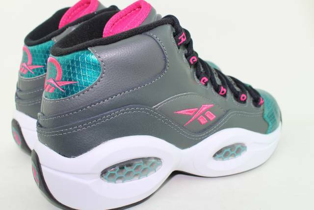 REEBOK QUESTION MID M41519 YOUTH Damenschuhe SIZE 5.0 SAME AS Damenschuhe YOUTH 6.5 BASKETBALL NEW 9e4fc7