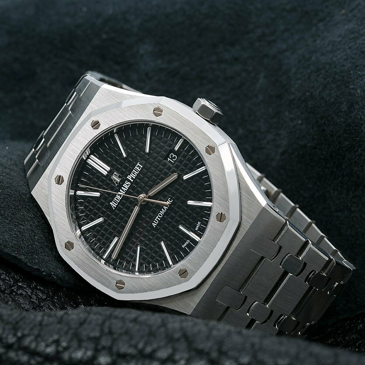 Audemars Piguet Royal Oak Selfwinding 15400st 41mm Black Dial