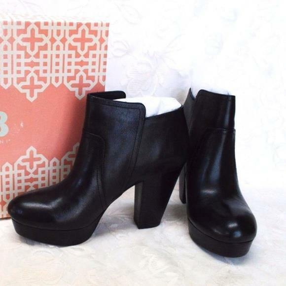NEW Gianni Bini Womens 9 M Take Too Platform Ankle Boots Black Leather Zipper
