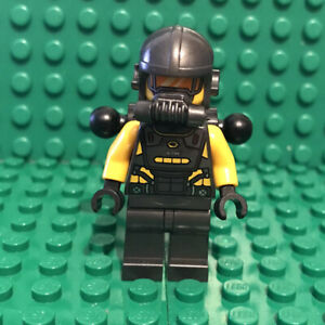 LEGO-AIM-Agent-Minifigure-Marvel-Avengers-Endgame-sh628-76142-mini-fig-figure