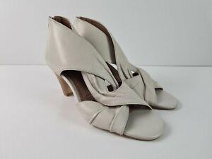Diana Ferrari Zip Up Ankle D'Orsay Oatmeal Heel Open Toe Boot Women's Size US6.5