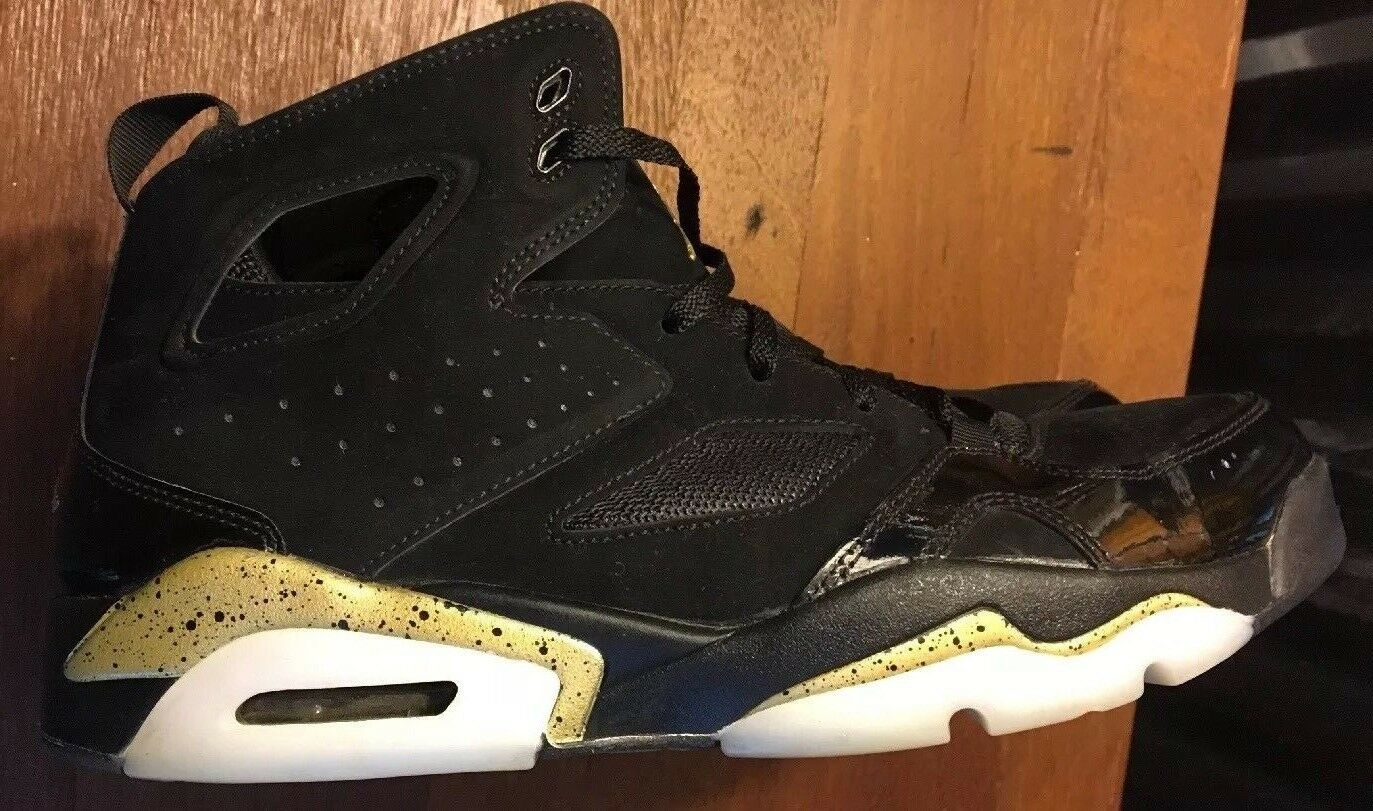 2018 Nike Air Jordan Black/Gold Size 11 Only Wore Once Free Shipping