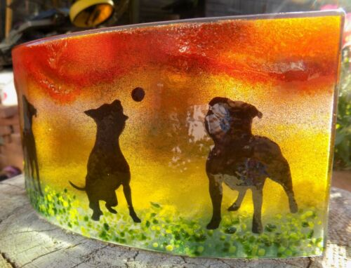 "Beautiful Gift Or Decoration New /""STAFFY/"" Fused Glass Tea Light Shade SBT2"