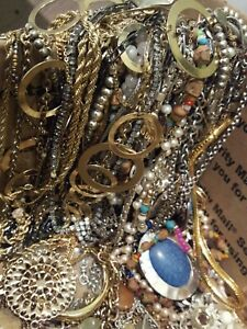 NECKLACE-JEWELRY-LOT-ALL-Good-Wear-Resell-Estate-Vintage-MODERN-5-Pc