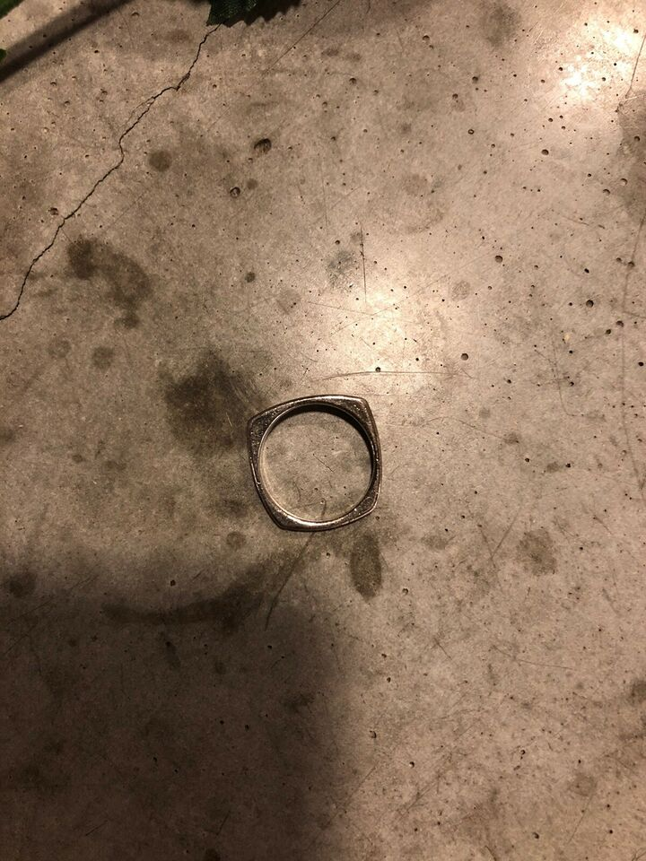Ring, Ukendt