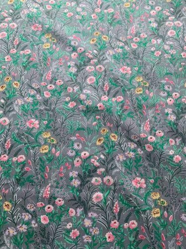 confección patchwork Rose /& Hubble 112cm de ancho Algodón Popelín de flores grises